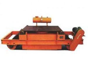 RCDF油冷自卸式电磁除铁器